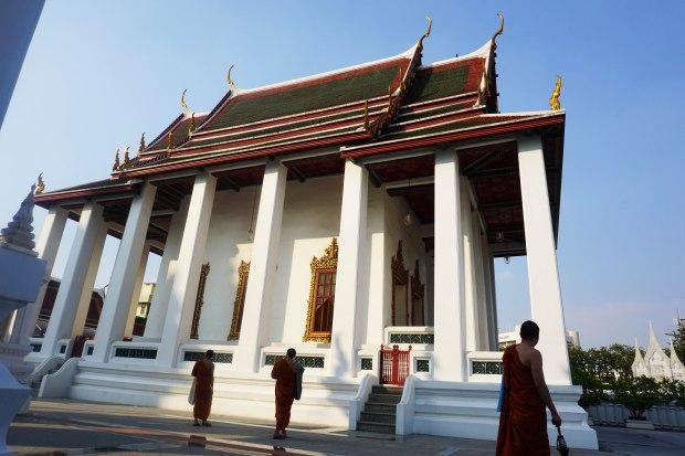 TheKollektive_Bangkok_WatRatchana_05