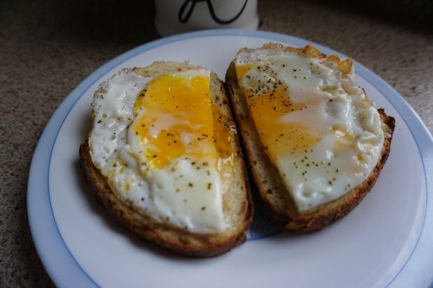 thekollektive_breakfastsandwich_01
