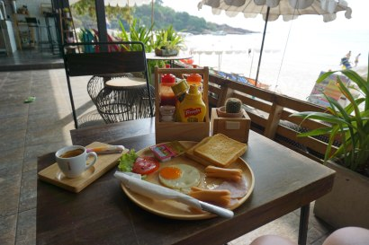 Breakfast at Sawasdee Coco Caffe