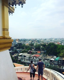 Climbing down Mot Gold in Bangkok