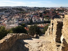 Lisbon_Alfama_Castelo_01